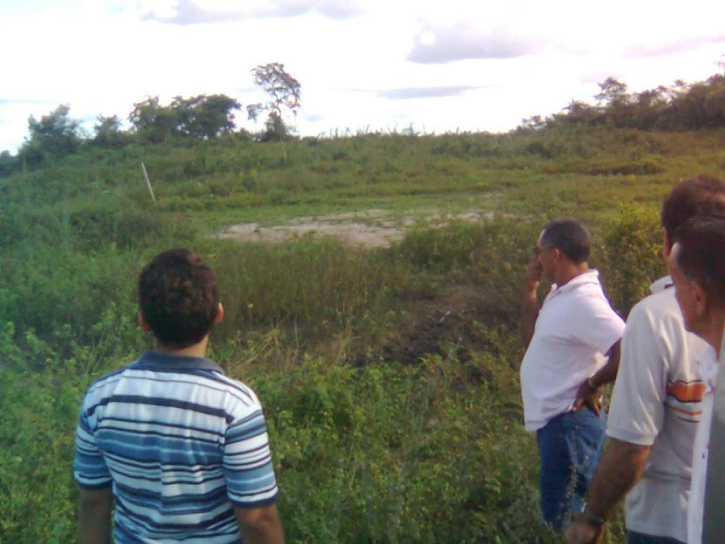 PREFEITO LEANE VISITA TERRENO ONDE SERÁ CONSTRUIDO O HOSPITAL MUNICIPAL DE AFONSO CUNHA