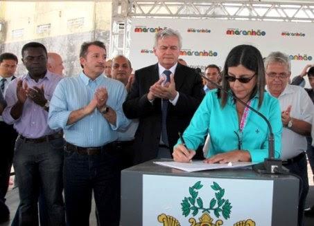 ROSEANA ASSINA A ORDEM DE SERVIÇO PARA CONSTRUÇÃO DA AVENIDA QUARTO CENTENÁRIO
