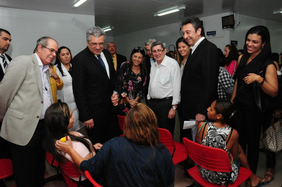 PADILHA, ROSEANA E RICARDO VISITAM UPA DO ARAÇAGI