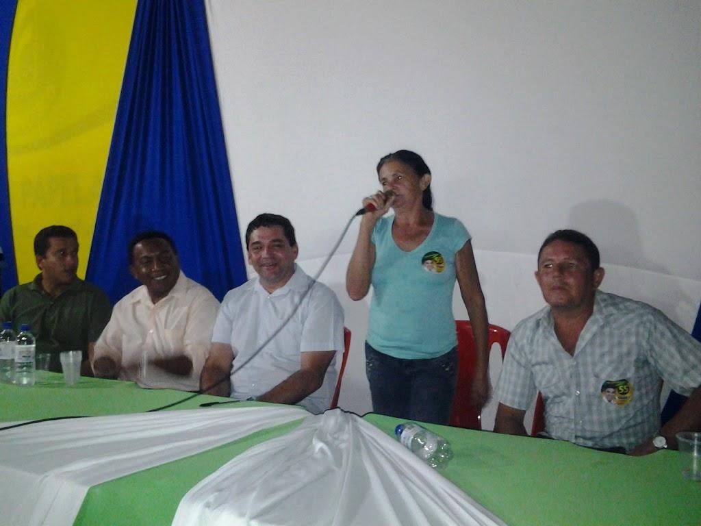 ELEIÇÕES 2012: LUSTOSA FAZ LANÇAMENTO DE CANDIDATURA