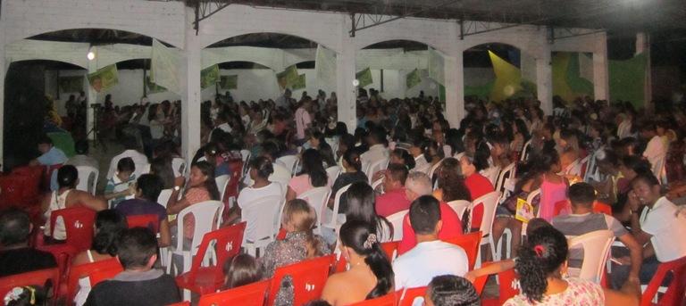 ELEIÇÕES 2012: SOLINEY SE REÚNE COM COLABORADORES DA EDUCAÇÃO