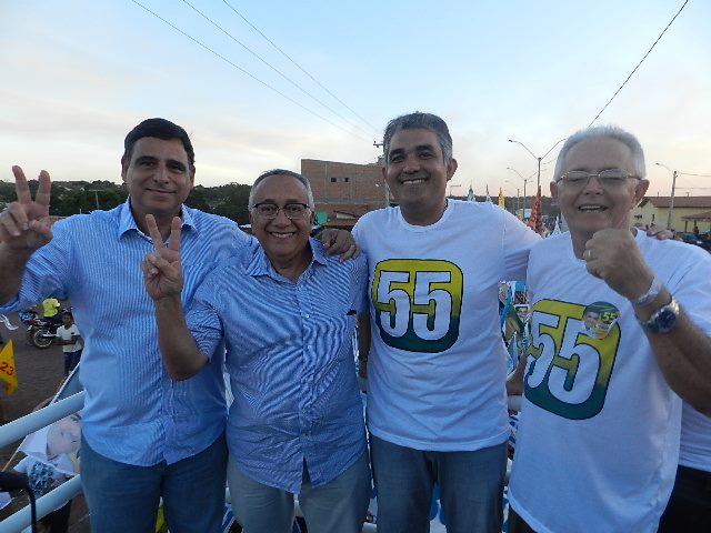 ELEIÇÕES 2012: SOLINEY REALIZA COMÍCIO DE ENCERRAMNETO HOJE (04)