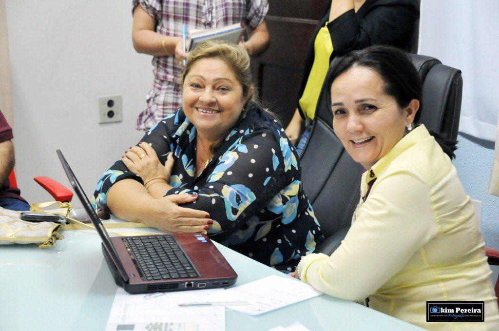 RAIMUNDA MARIA: PODE CONTAR COM ELA!