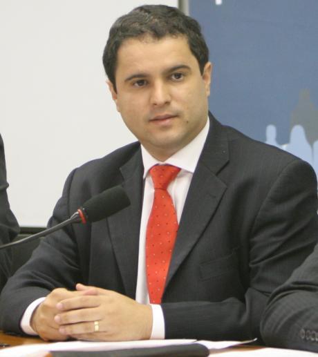 EDIVALDO HOLANDA JÚNIOR VAI MANTER OS SERVIÇOS PRESTADOS