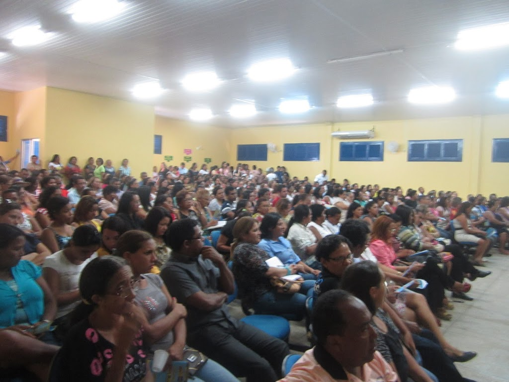 PROFESSORES PARTICIPAM DE ABERTURA DA SEMANA PEDAGÓGICA