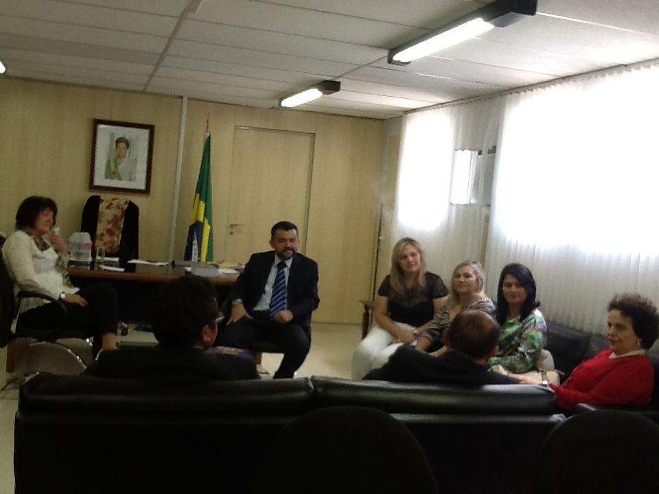 JOSÉ LEANE CUMPRE AGENDA EM BRASÍLIA