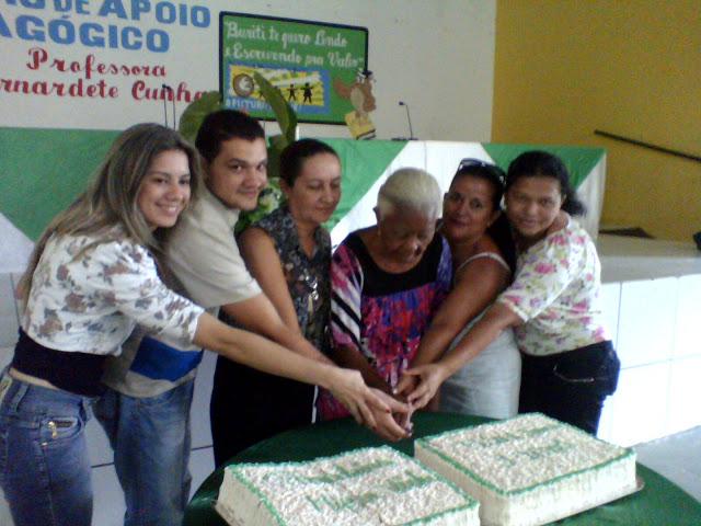 SECRETARIA DE ASSISTÊNCIA SOCIAL DE BURITI FAZ FESTA PARA IDOSOS