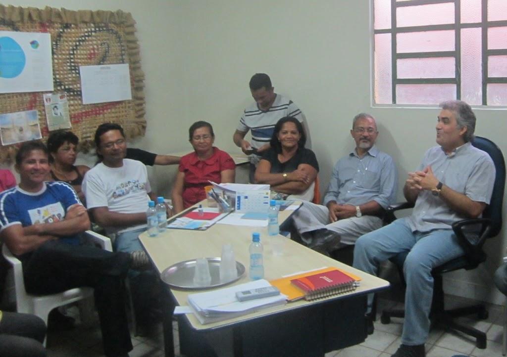 SOLINEY DÁ POSSE A RIBAMAR SANTOS NA EDUCAÇÃO E DESTACA UNIÃO DA EQUIPE