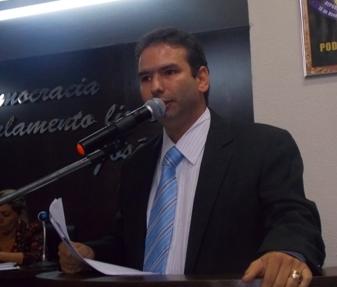 VEREADOR EDUARDO SÁ SOLICITA BRIGADA DE BOMBEIRO CIVIL PARA CHAPADINHA