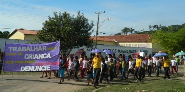 PREFEITURA DE AFONSO CUNHA REALIZA MOBILIZAÇÃO DE COMBATE AO TRABALHO INFANTIL