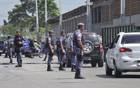 Policia-Militer-durante-Copa-Mundo_ACRIMA20120830_0063_15