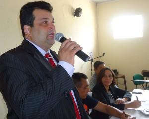 Foto-1-Governo-dialoga-com-representantes-dos-municípios-beneficiados-com-o-'Mais-IDH'