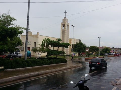 Praça Duque Bacelar durante a manhã desta quinta (05)