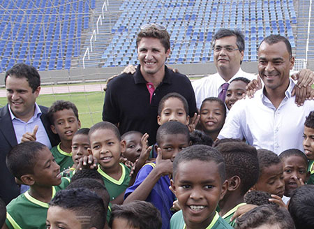 capa_Foto-4-Governador-Flavio-Dino-Castelão-CREDITO-NAEL-REIS