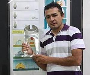 Rucke: premiado cartunista coelhonetense em mais uma disputa