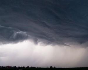 Quinta-feira-terá-sol-em-poucas-áreas-do-país-Muitas-nuvens-e-fortes-pancadas-de-chuva-no-Maranhão