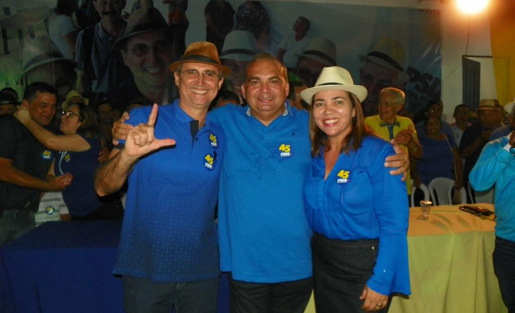 Luís Serra, Fábio Braga e Lú durante Convenção