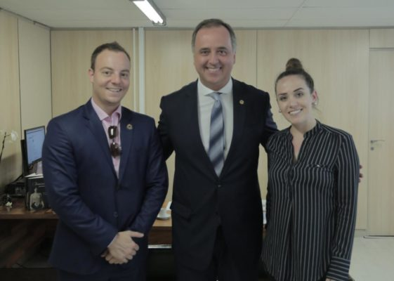 UNALE se reúne com Secretária Nacional de Juventude