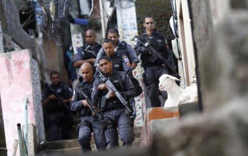 Projeto de Moro dá mais garantias a policiais que matarem criminosos