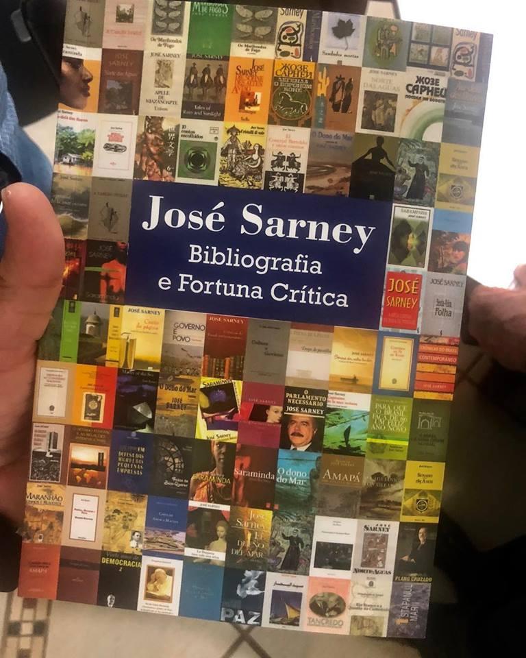 A alegria de José Sarney…