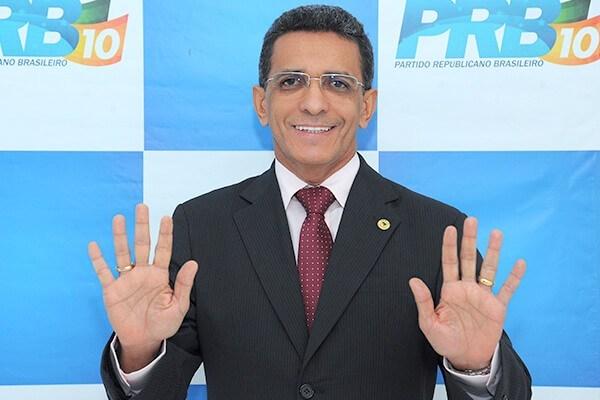 Maranhense é suspeito de fraudar eleição do Senado em favor de Renan