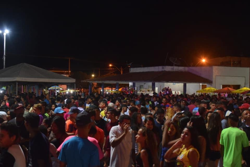 Animação marca abertura do Carnaval de Chapadinha