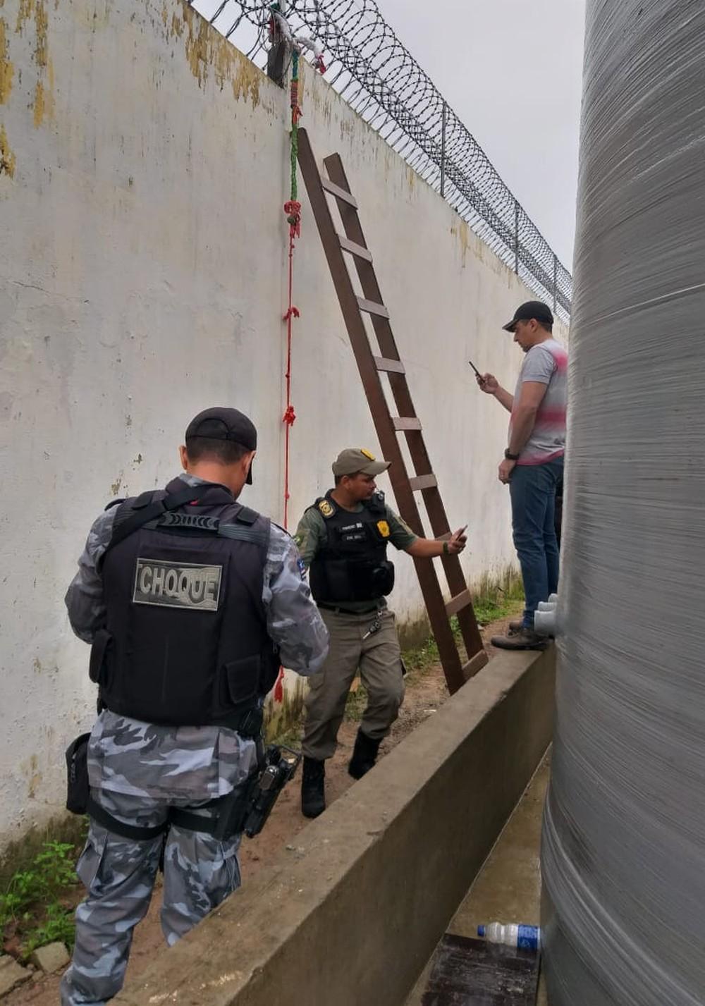 Dez detentos fogem do Complexo de Pedrinhas usando escada