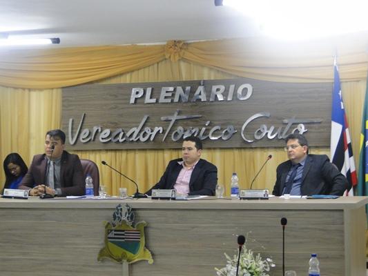 Vereadores discutem projeto do Executivo que solicita parcelamento de dívidas do Município com a Cemar