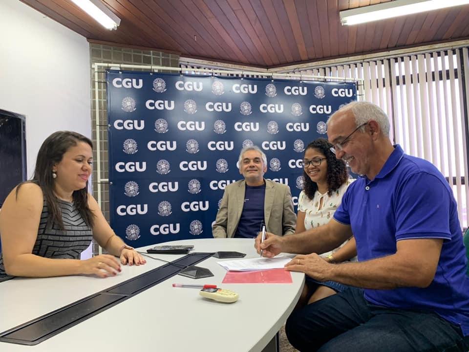 Prefeitura de Chapadinha formaliza adesão ao sistema de Ouvidoria da CGU