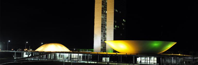 Prorrogação de mandatos de prefeitos e vereadores tem parecer favorável na Câmara Federal