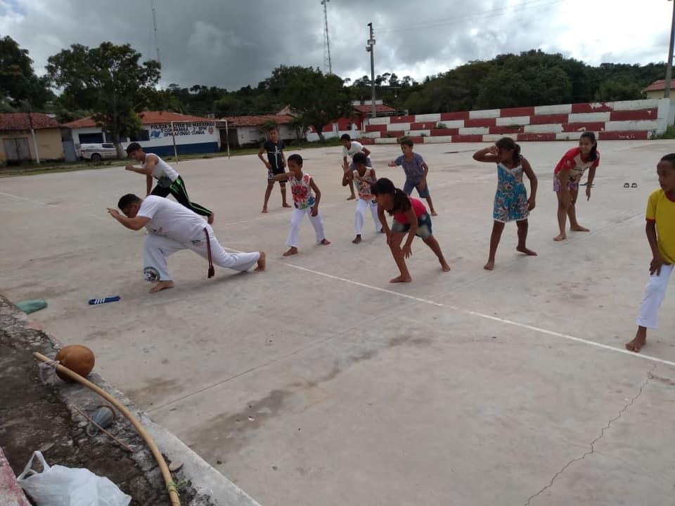 Prefeitura oferece oficina de capoeira para adolescentes em Afonso Cunha