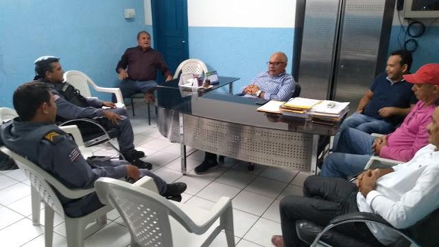 Segurança Pública é tema de reunião liderada pelo prefeito Jorge Oliveira
