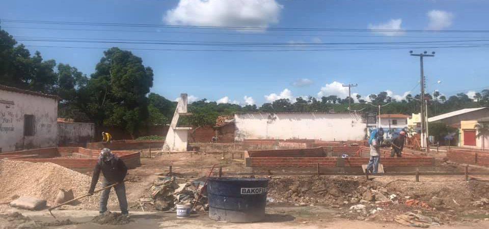 Obras de reconstrução da Praça da Saudade seguem a todo vapor em Afonso Cunha