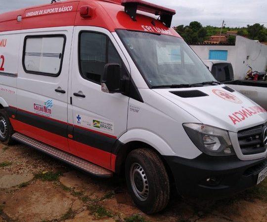 Bolsonaro envia ambulância para Coelho Neto… que permanece guardada…