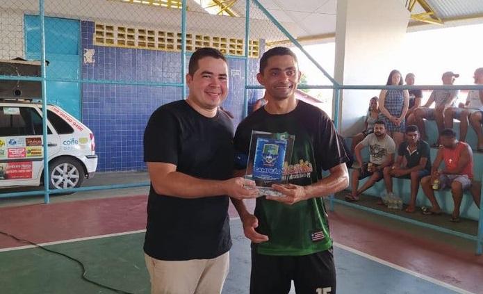 Rafael Cruz representa Bruno Silva em evento esportivo realizado em Coelho Neto