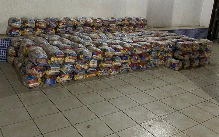 Deputado Glaubert Cutrim cumpre a promessa e envia 400 cestas para Coelho Neto