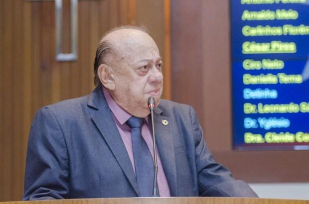 Luto: Morre o deputado Zé Gentil