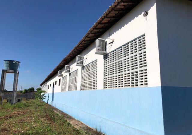 Jorge Oliveira amplia climatização de escolas em Duque Bacelar
