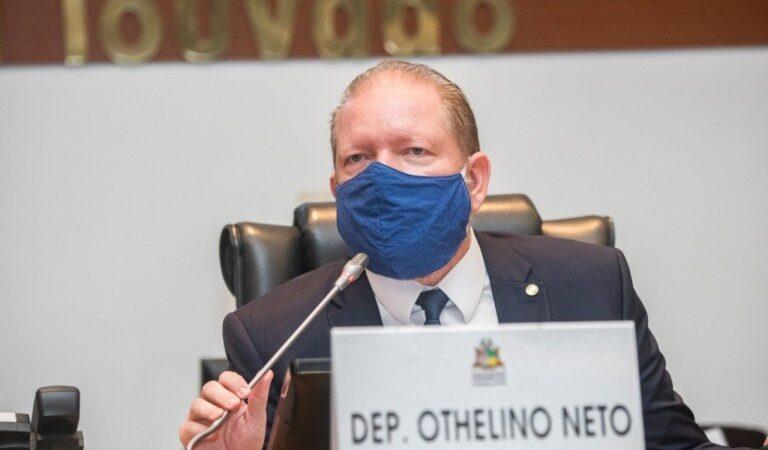 Othelino Neto decreta luto oficial na Assembleia pelas mais de 100 mil vítimas da Covid-19 no Brasil