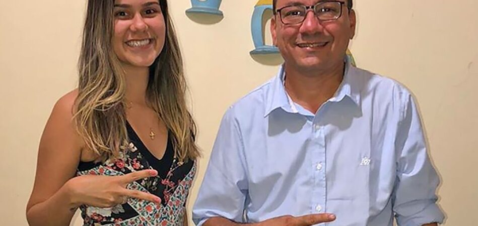 Eleições 2020: Antônio Pires anuncia adesão da cantora Thalia Ferreira