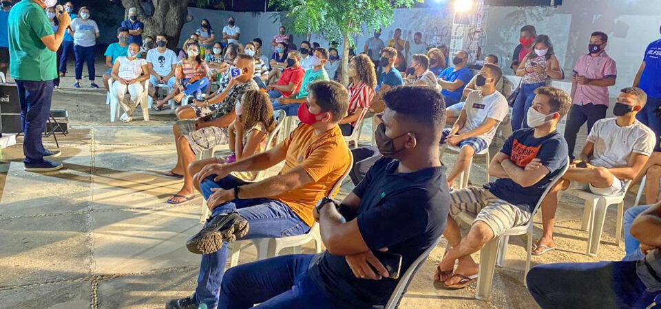 Schnneyder se reúne com jovens timonenses e garante que fará uma gestão compartilhada com a população