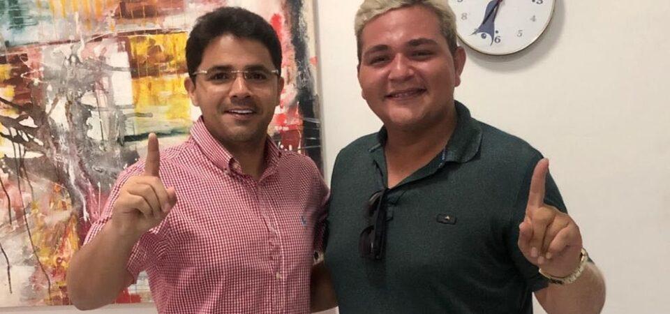 Presidente da Associação do Mutirão deixa grupo de Américo e fecha apoio a Bruno Silva