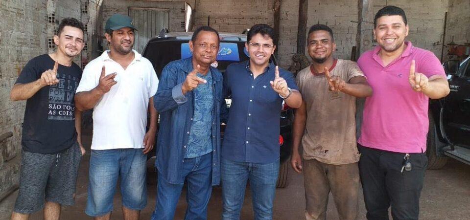 Ao lado de Márcio Teixeira, Tomar dos Ônibus fecha apoio a Bruno Silva