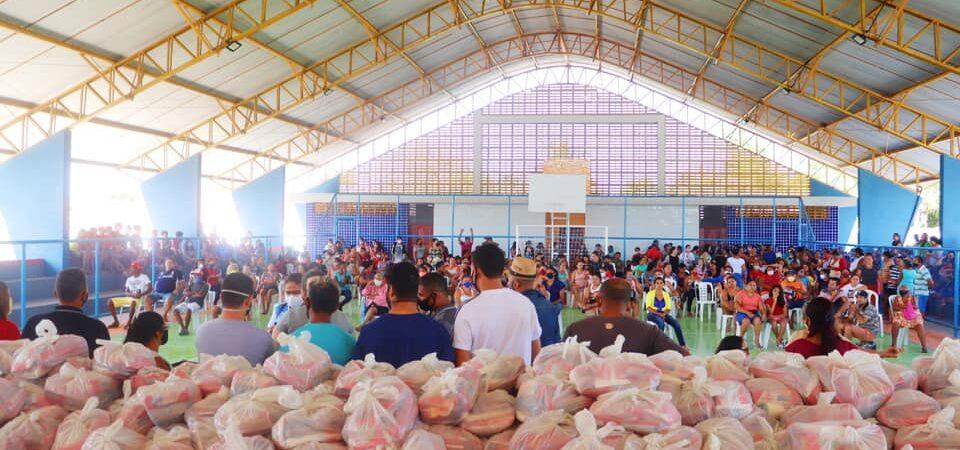 Prefeitura de Chapadinha realiza entrega de kits da alimentação escolar para alunos da Rede Municipal de Ensino