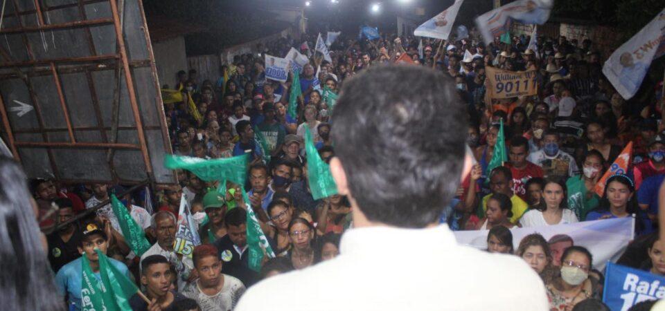 Onda Azul: Bruno Silva participa de reunião política no bairro Santana