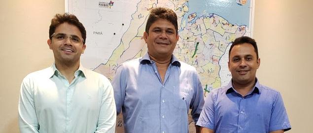 Bruno, Flávio e Arquimedes juntos: prefeitos se encontram em São Luís