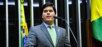 """""""Isso é tudo especulação"""", diz Fufuca, presidente nacional do PP sobre fusão de partidos do Centro"""